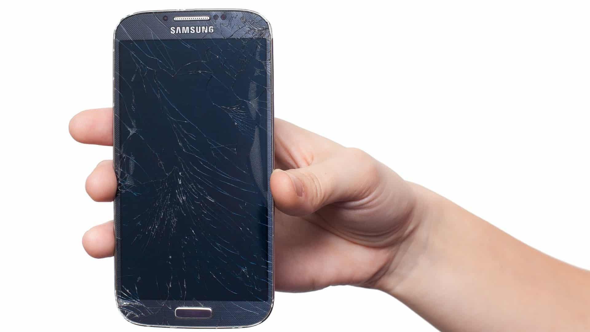 Le service client de sa marque de smartphone pour retrouver le sourire